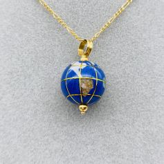 18k Yellow Gold Pendant with Earth Globe Shape