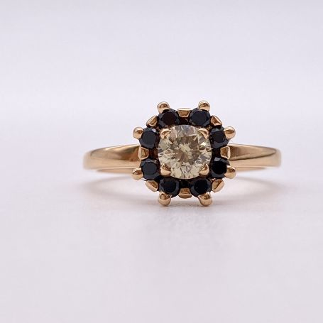 18k Rose Gold Ring with a Diamond and Spinels