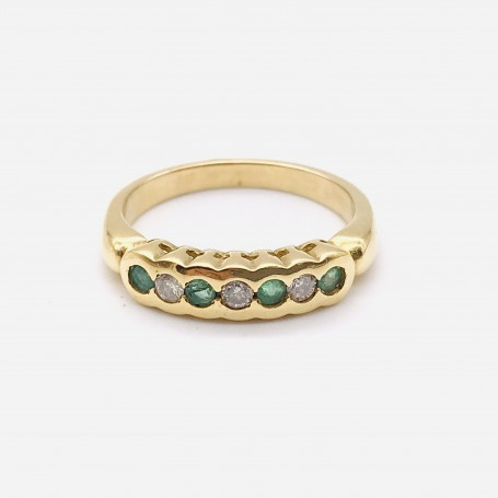 18k Gold Ring with Diamonds and Emeralds